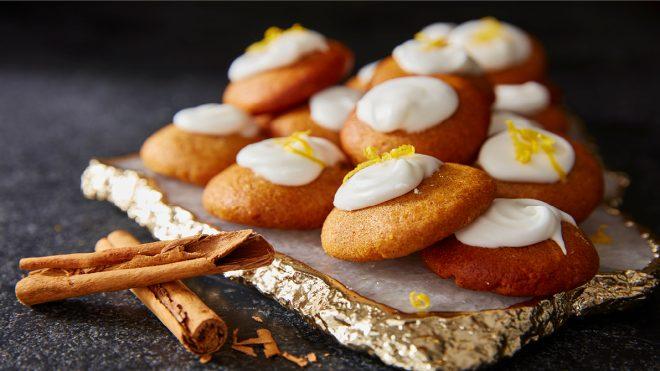 Traditional Lebkuchen Biscuits