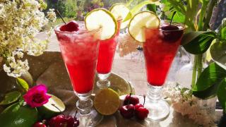 Non Alcoholic Cherry Gin Rickey