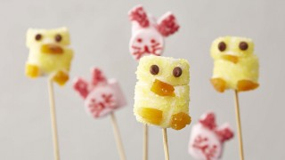 Easter Marshmallow Chicks and Bunnies served on wooden sticks