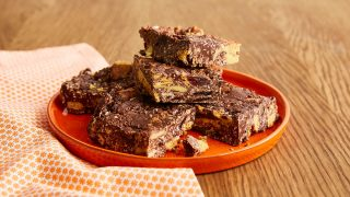 simnel cake tiffin