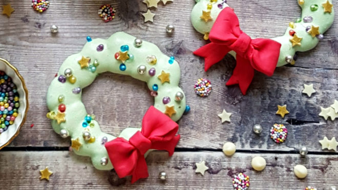 Christmas Meringue Wreaths decorated with glitter, sparkles and ribbon